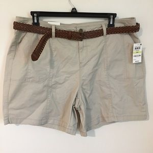 NWT Style & Co Khaki Cargo Shorts